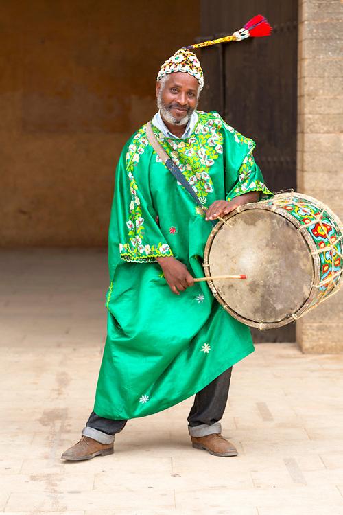 Musicians perform outside the Chellah Gardens, Rabat, Morocco, 2015-10-17.