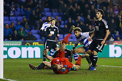Goal, Daniel Williams of Reading scores the equaliser, Reading 2-2 Brentford - Mandatory by-line: Jason Brown/JMP - 14/02/2017 - FOOTBALL - Madejski Stadium - Reading, England - Reading v Brentford - Sky Bet Championship