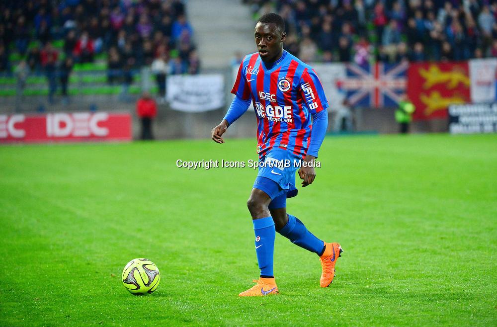 Dennis APPIAH - 25.04.2015 - Caen / Guingamp - 34eme journee de Ligue 1<br /> Photo : David Winter / Icon Sport
