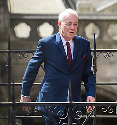 © Licensed to London News Pictures. 22/05/2017. London, UK. Entertainer MICHAEL BARRYMORE arrives at the High Court in London. Barrymore is seeking damages after being arrested by Essex police in relation to the death of Stuart Lubbock at the entertainers house. Photo credit: Ben Cawthra/LNP