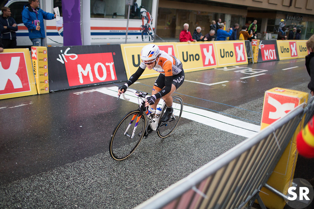 With one lap to go, Thalita de Jong (NED) of Rabo-Liv Cycling Team chases eventual winner Nicole Hanselmann (SUI) of Cervélo-Bigla Cycling Team during the 76,1 km first stage of the 2016 Ladies' Tour of Norway women's road cycling race on August 12, 2016 between Halden and Fredrikstad, Norway. (Photo by Balint Hamvas/Velofocus)