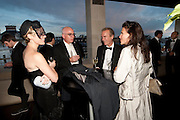 VICTORIA FLOETHE; MICHAEL WOLFF; MARTIN AMIS; ISABEL FONSECA, GQ Men of the Year 2010. the Royal Opera House. Covent Garden. London. 7 September 2010. -DO NOT ARCHIVE-© Copyright Photograph by Dafydd Jones. 248 Clapham Rd. London SW9 0PZ. Tel 0207 820 0771. www.dafjones.com.