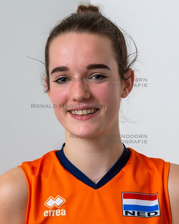 21-12-2018 NED: Photoshoot selection of Orange Young Girls, Arnhem <br /> Orange Young Girls 2018 - 2019 / Nicole van de Vosse #14