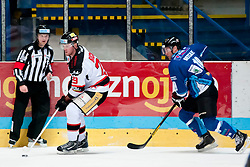 02.11.2012, Hostan Arena, Znojmo, CZE, EBEL, HC Orli Znojmo vs SAPA Fehervar, 18. Runde, im Bild Brian Bickel (Znojmo #29) Tyler Metcalfe (Fehérvár #10) // during the Erste Bank Icehockey League 18nd round match betweeen HC Orli Znojmo and SAPA Fehervar at the Hostan Arena, Znojmo, Czech Republic on 2012/11/02. EXPA Pictures © 2012, PhotoCredit: EXPA/ Rostislav Pfeffer