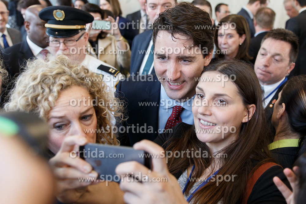 Canadian Prime Minister Justin Trudeau(C) poses for a selfie with members of the United Nations community at the UN headquarters in New York, March 16, 2016. Canada will actively run for a seat at the Security Council for a two-year term starting from 2021, Canadian Prime Minister Justin Trudeau said here on Wednesday. EXPA Pictures &copy; 2016, PhotoCredit: EXPA/ Photoshot/ Li Muzi<br /> <br /> *****ATTENTION - for AUT, SLO, CRO, SRB, BIH, MAZ, SUI only*****