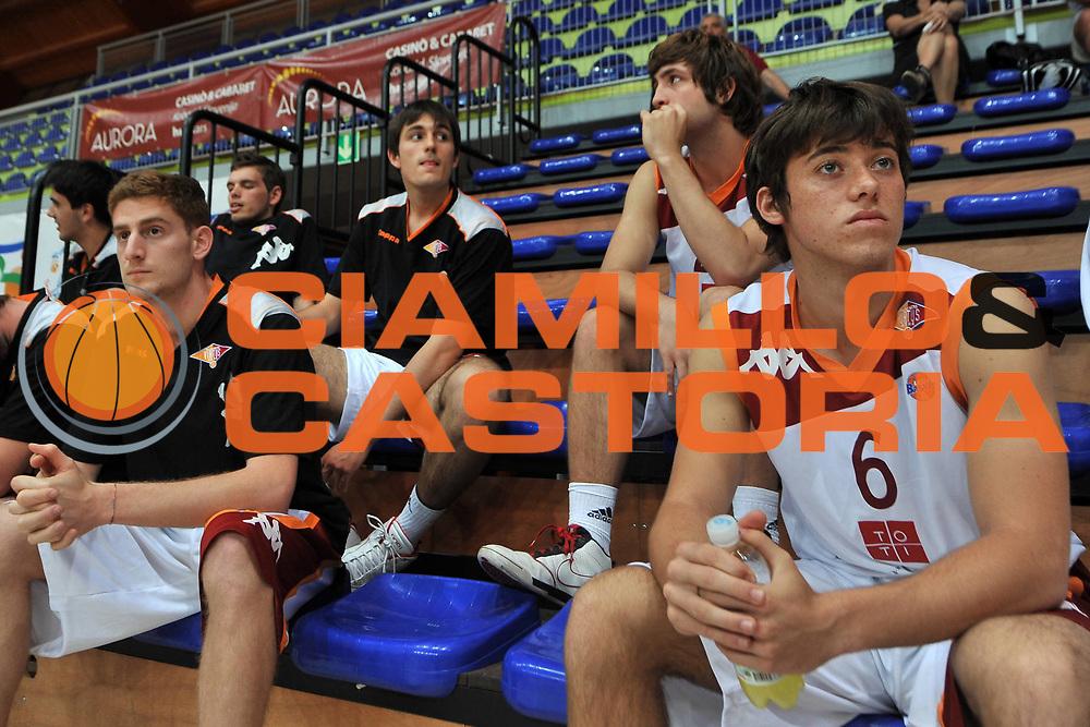 DESCRIZIONE : Cividale del Friuli Udine Finali Giovanili Nazionali Under 19 Virtus Roma Treviso<br /> GIOCATORE : Virtus Roma<br /> SQUADRA : Virtus Roma<br /> EVENTO : Finali Giovanili Nazionali Under 19<br /> GARA : Virtus Roma Treviso<br /> DATA : 31/05/2011<br /> CATEGORIA : Curiosita', Pregame<br /> SPORT : Pallacanestro<br /> AUTORE : Agenzia Ciamillo-Castoria/S.Ferraro<br /> Galleria : Lega Basket A 2010-2011<br /> Fotonotizia : Cividale del Friuli Udine Finali Giovanili Nazionali Under 19 Virtus Roma Treviso<br /> Predefinita :