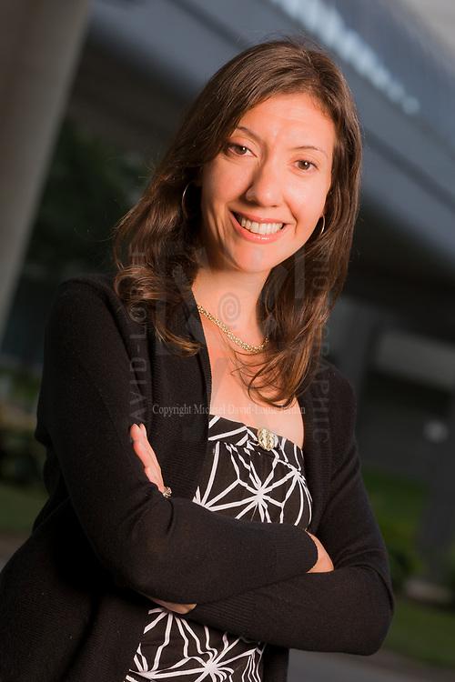 Valerie Strassberg headshot