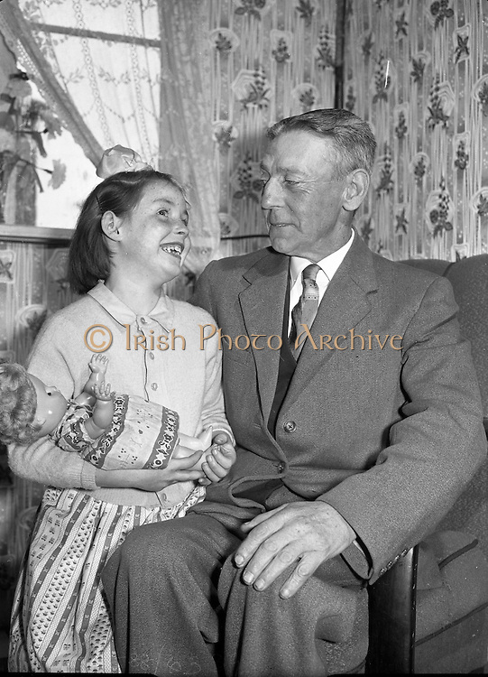 Maguire family celebrates the arrival of their 20th baby at the Rotunda Hospital. Even for its time, this was an unusually large family, and the event made the British as well as the Irish papers..09.10.1960