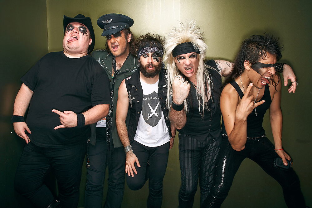 Moderatto BY OSCAR ZAGAL