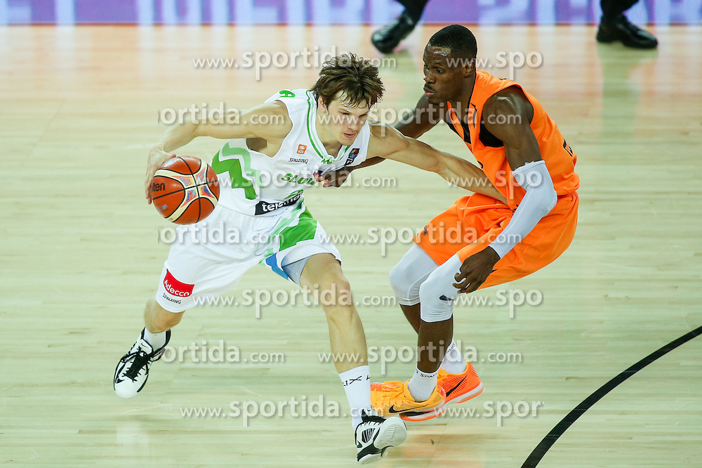 Jaka Klobucar of Slovenia and Charlon Kloof of Netherlands during basketball match between Slovenia vs Netherlands at Day 4 in Group C of FIBA Europe Eurobasket 2015, on September 8, 2015, in Arena Zagreb, Croatia. Photo by Matic Klansek Velej / Sportida