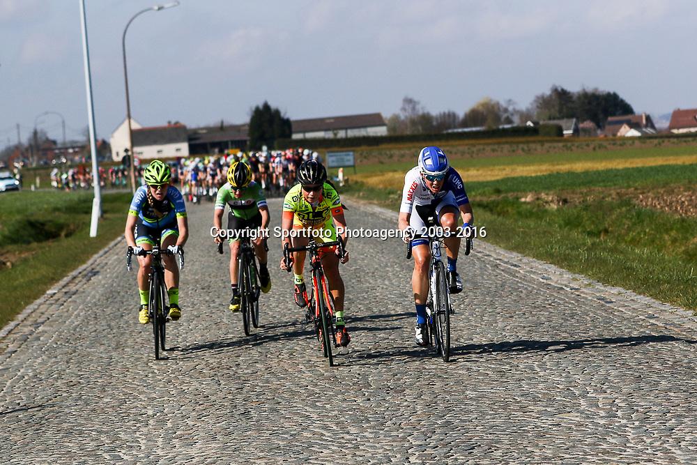 03-04-2016: Wielrennen: Ronde van Vlaanderen vrouwen: Oudenaarde  <br /> OUDENAARDE (BEL) cycling  The sixth race in the UCI Womensworldtour is the ronde van Vlaanderen. A race over the famous Flemish climbs.