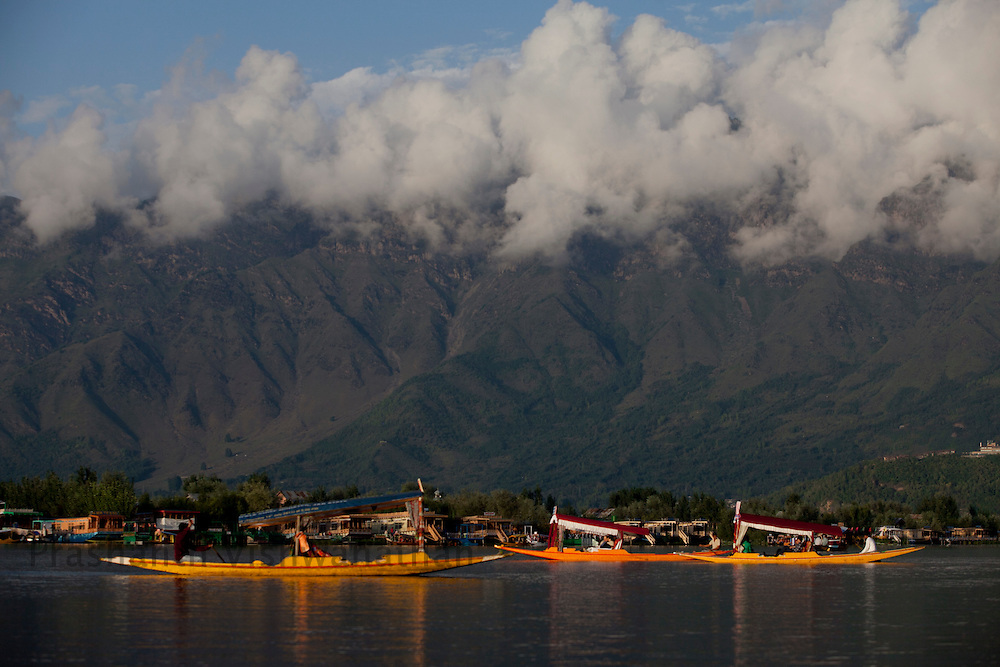 Tourism at the Dal lake, September 2011, Kashmir, India. Photographer: Prashanth Vishwanathan