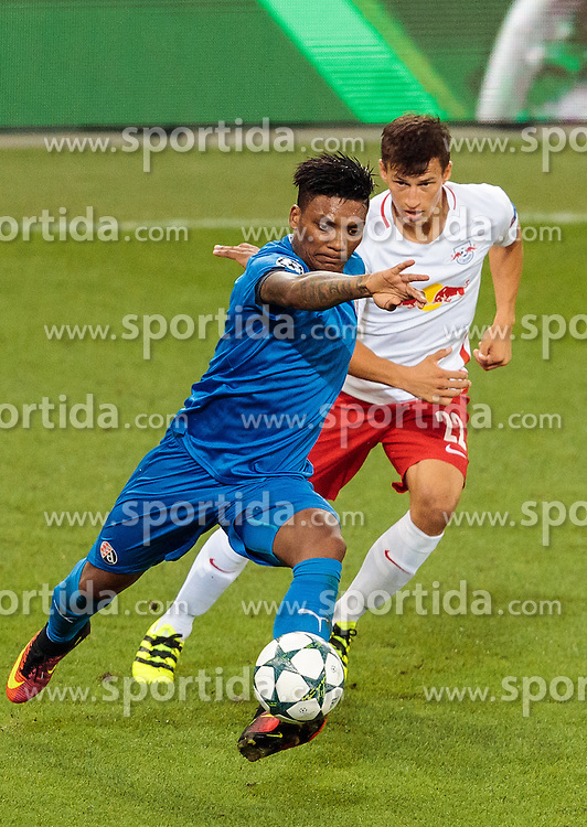 24.08.2016, Red Bull Arena, Salzburg, AUT, UEFA CL, FC Red Bull Salzburg vs Dinamo Zagreb, Play off, Rueckspiel, im Bild Junior Fernandes (GNK Dinamo Zagreb), Stefan Lainer (FC Red Bull Salzburg) // during the UEFA Championsleague Play off 2nd Leg Match between FC Red Bull Salzburg and Dinamo Zagreb at the Red Bull Arena in Salzburg, Austria on 2016/08/24. EXPA Pictures © 2016, PhotoCredit: EXPA/ JFK