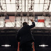 The University of Houston band leader, leads the marching band prior to the game.<br /> <br /> Todd Spoth for The New York Times.