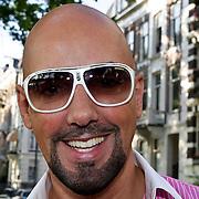 """NLD/Amsterdam/20100614 - Boekpresentatie Daphne Deckers """" Laat Maar Waaien"""", Maik de Boer"""