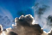 De zon achter de wolken boven Terschelling<br /> <br /> Sun behind the clouds at Terschelling