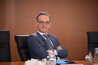 DEU, Deutschland, Germany, Berlin, 11.03.2020: Bundesaussenminister Heiko Maas (SPD) vor Beginn der 88. Kabinettsitzung im Bundeskanzleramt.