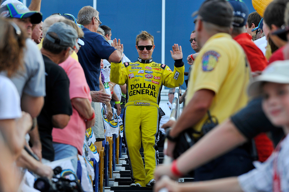 13-14 July, 2012, Newton, Iowa USA.Jason Leffler, fans.(c)2012, Scott R LePage .LAT Photo USA