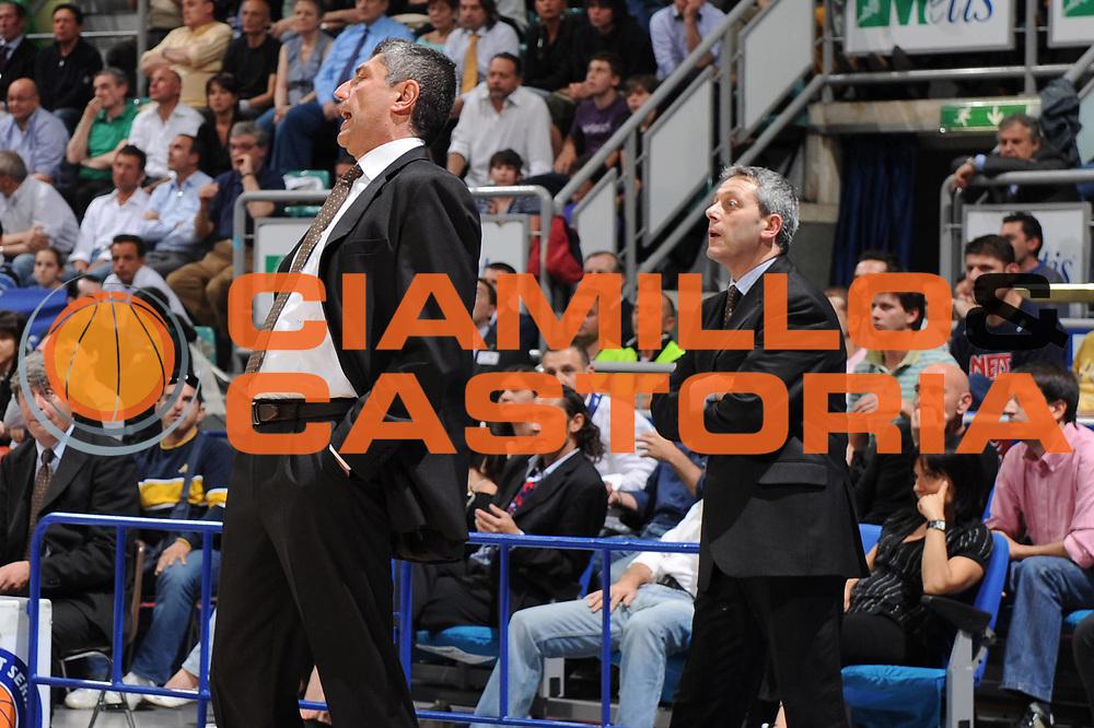 DESCRIZIONE : Bologna Lega A 2008-09 GMAC Fortitudo Bologna Eldo Caserta<br /> GIOCATORE : Fabrizio Frates Massimiliano Oldoini<br /> SQUADRA : Eldo Caserta<br /> EVENTO : Campionato Lega A 2008-2009<br /> GARA : GMAC Fortitudo Bologna Eldo Caserta<br /> DATA : 07/05/2009<br /> CATEGORIA : delusione<br /> SPORT : Pallacanestro<br /> AUTORE : Agenzia Ciamillo-Castoria/M.Marchi