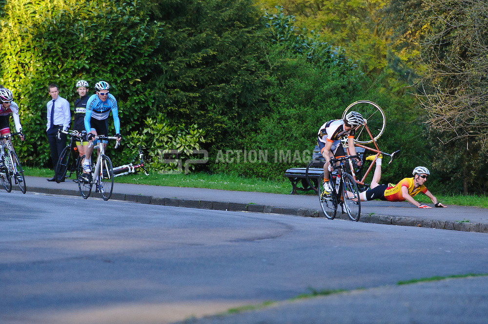 Action from Bath Cycle Races in Victoria Park on May 16th, 2012. Photo by Simon Parker/SPactionimages