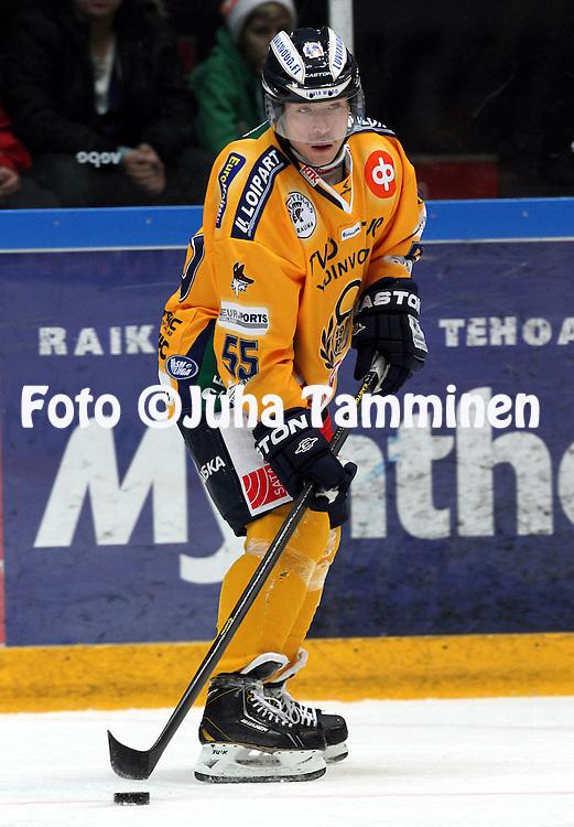 13.11.2012, Ritari Areena, H?meenlinna..J??kiekon SM-liiga 2012-13. HPK - Rauman Lukko..Harri Tikkanen - Lukko