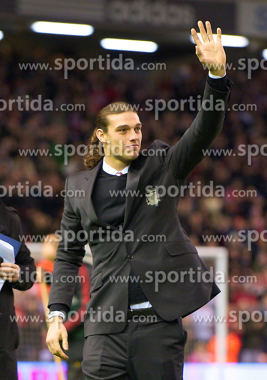 02.02.2011, Anfield Road, Liverpool, ENG, PL, Liverpool FC vs Stoke City, im Bild Liverpool's new signing Andy Carroll // before the Premiership match against Stoke City at Anfield, EXPA Pictures © 2011, PhotoCredit: EXPA/ Propaganda/ D. Rawcliffe *** ATTENTION *** UK OUT!