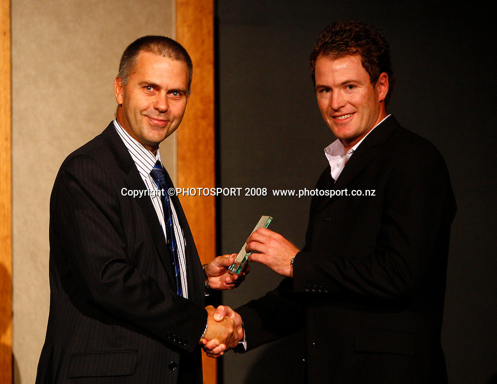 Club Cricketer of the Year Shane Singe. Auckland Cricket Awards Evening. Eden Park, Auckland, New Zealand. Wednesday 15 April 2009. Photo: Simon Watts/PHOTOSPORT