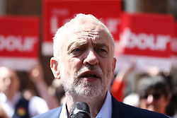© Licensed to London News Pictures. 08/05/2017. Worcester UK. Labour leader Jeremy Corbyn is in Worcester today campaigning outside the Guildhall in the city centre. Photo credit: Andrew McCaren/LNP