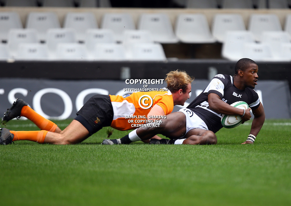 DURBAN, SOUTH AFRICA - SEPTEMBER 10: Mfundo Ndlovu of the Cell C Sharks Under 19's over for a try during the Currie Cup U19 match between the Sharks and Free State at Growthpoint Kings Park on September 10, 2016 in Durban, South Africa. (Photo by Steve Haag/Gallo Images)