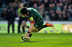 Harry Thacker of Leicester Tigers scores a try - Photo mandatory by-line: Patrick Khachfe/JMP - Mobile: 07966 386802 09/11/2014 - SPORT - RUGBY UNION - Leicester - Welford Road - Leicester Tigers v Sale Sharks - LV= Cup