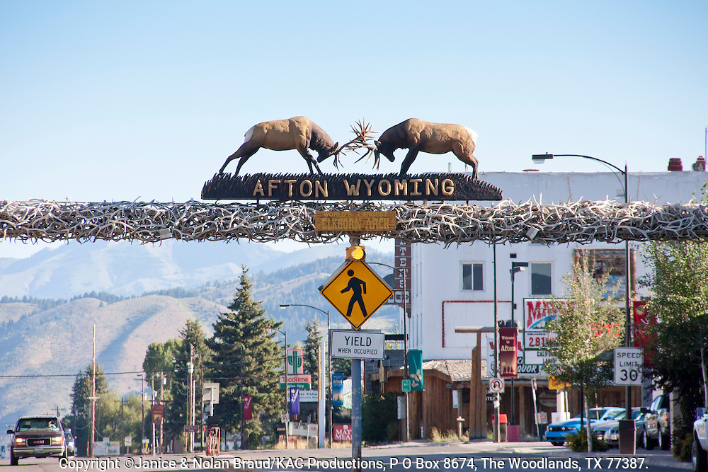 Welcome to Afton, Wyoming, sign atop arch made of elk horns.