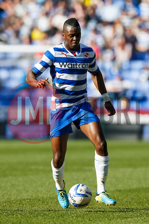 Reading Midfielder Hope Akpan (ENG) in action - Photo mandatory by-line: Rogan Thompson/JMP - 07966 386802 - 15/09/2014 - SPORT - FOOTBALL - Madejski Stadium - Reading - Reading v Derby County - Sky Bet Football League Championship.