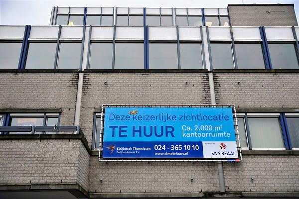 Nederland, Nijmegen, 30-12-2011Kantoorgebouw wordt te huur aangeboden.Foto: Flip Franssen/Hollandse Hoogte