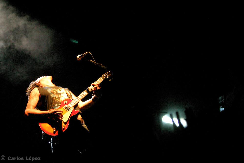 CONCIERTO DE JAGUARES.GRUPO DE ROCK MEXICANO.CON SAUL HERNANDEZ COMO VOCALISTA Y LIDER DE LA BANDA