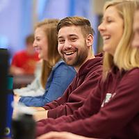 2015 UWL Students Studying Murphy Library