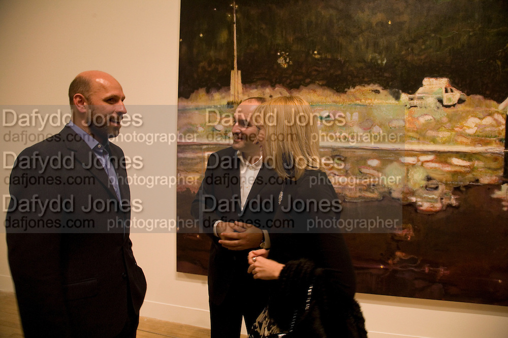 PETER DOIG, VICTOR PINCHUK AND ELENA FRANCHUK, Private view and dinner for the opening of the Peter Doig exhibition. Tate Britain. Millbank. London. 4 February 2008.  *** Local Caption *** -DO NOT ARCHIVE-© Copyright Photograph by Dafydd Jones. 248 Clapham Rd. London SW9 0PZ. Tel 0207 820 0771. www.dafjones.com.