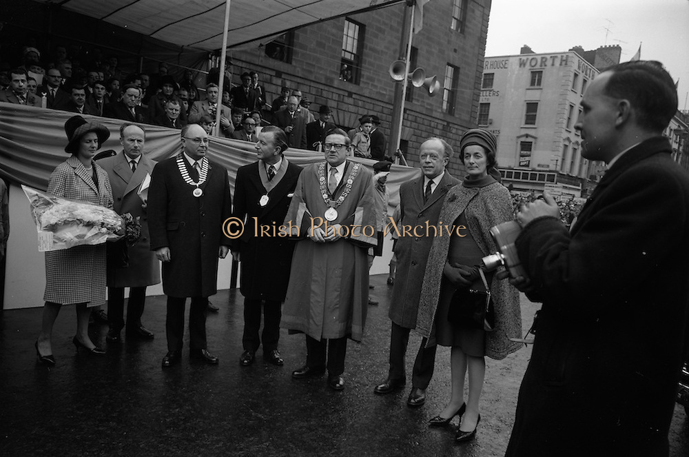17/03/1965<br /> 03/17/1965<br /> 17 March 1965<br /> NAIDA St. Patrick's Day Parade, Dublin. Pictured at the reviewing stand outside the GPO on O'Connell Street were The Lord Mayor of Dublin John McCann., (centre) and Minister of Transport and Power, Erskine Childers.
