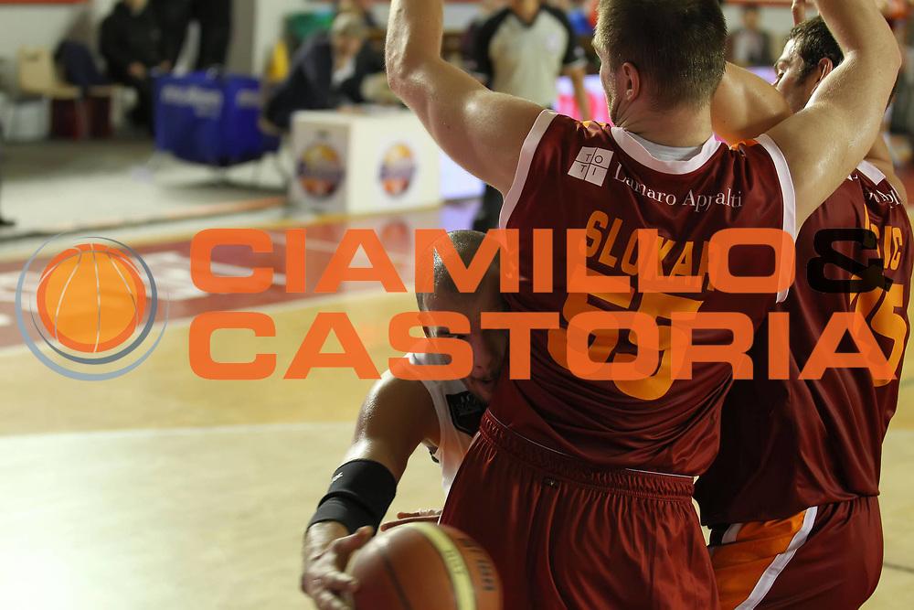 DESCRIZIONE : Roma Lega A 2011-12 Acea Virtus Roma Pepsi Caserta<br /> GIOCATORE : Andre Smith<br /> CATEGORIA : passaggio<br /> SQUADRA : Pepsi Caserta<br /> EVENTO : Campionato Lega A 2011-2012<br /> GARA : Acea Virtus Roma Pepsi Caserta<br /> DATA : 03/12/2011<br /> SPORT : Pallacanestro<br /> AUTORE : Agenzia Ciamillo-Castoria/ElioCastoria<br /> Galleria : Lega Basket A 2011-2012<br /> Fotonotizia : Roma Lega A 2011-12 Acea Virtus Roma Pepsi Caserta<br /> Predefinita :