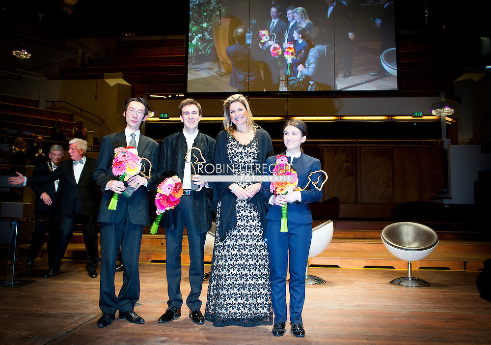 8-11-2014 - UTRECHT Queen Máxima attends Saturday, November 8, 2014 the Final Gala evening at the 10th International Franz Liszt Piano Competition in Utrecht. COPYRIGHT ROBIN UTRECHT