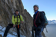 Zwei Alpinisten seilen sich auf dem Sidelengletscher an, Furka, Uri, Schweiz<br /> <br /> Two alpinists on the Sidelengletscher are roping up, Furka, Uri, Switzerland