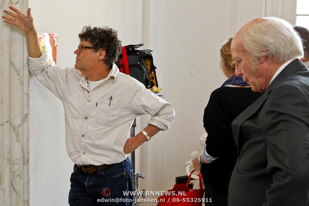 """NLD/Driebergen/20100608 - Opname Vara dramserie """"De 7 Dagen van den Uyl"""", regisseur Hans Hylkema en acteur Joop Keesmaat als Joop den Uyl"""