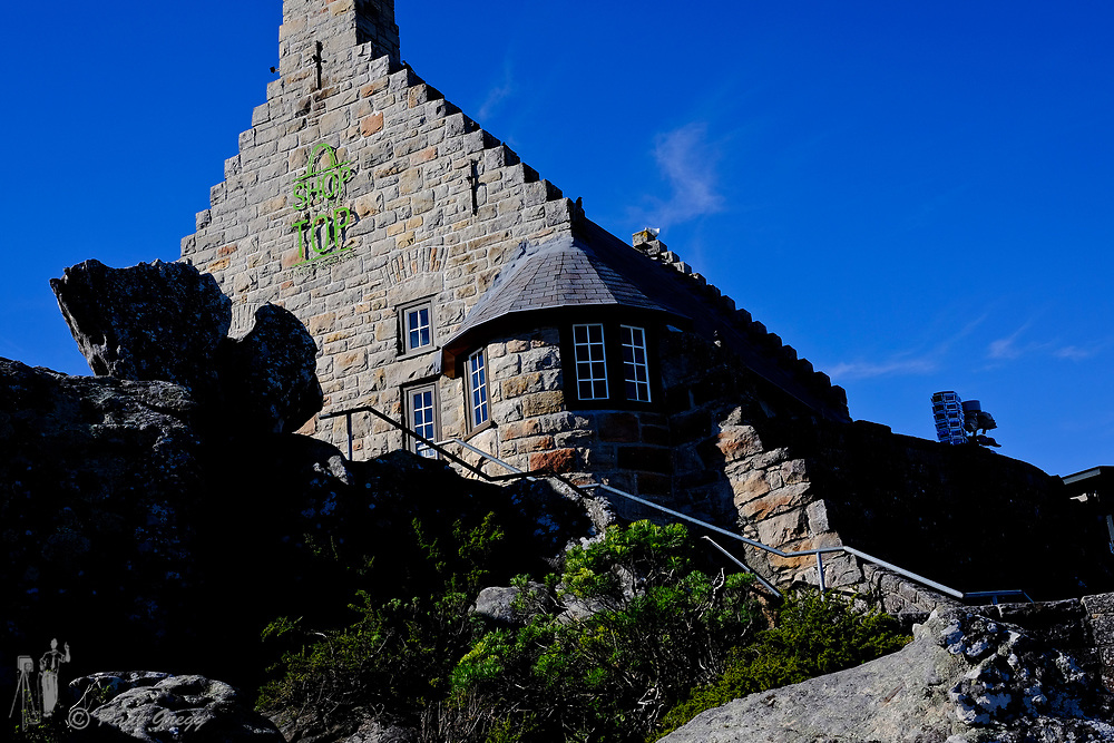 Table Mountain. Town, South Africa. The Shop on the Top curio shop and restaurant on top of Table Mountain.