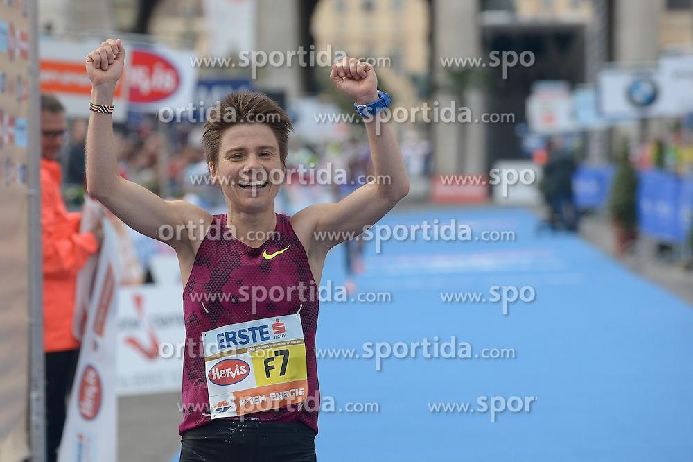 12.04.2015, Wien, AUT, Vienna City Marathon 2015, im Bild Siegerin Frauen, Maja Neuenschwander, SUI (#F7) // during Vienna City Marathon 2015, Vienna, Austria on 2015/04/12. EXPA Pictures © 2015, PhotoCredit: EXPA/ Gerald Dvorak