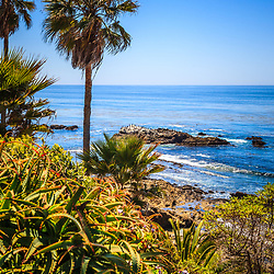 Picture of Laguna Beach California shoreline along the Pacific Ocean. Laguna Beach is a seaside beach community in Orange County Southern California. Image Copyright © 2012 Paul Velgos with All Rights Reserved.