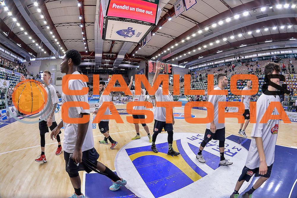 DESCRIZIONE : Beko Legabasket Serie A 2015- 2016 Dinamo Banco di Sardegna Sassari - Pasta Reggia Juve Caserta<br /> GIOCATORE : Team Pasta Reggia Juve Caserta<br /> CATEGORIA : Fair Play Before Pregame<br /> SQUADRA : Pasta Reggia Juve Caserta<br /> EVENTO : Beko Legabasket Serie A 2015-2016<br /> GARA : Dinamo Banco di Sardegna Sassari - Pasta Reggia Juve Caserta<br /> DATA : 03/04/2016<br /> SPORT : Pallacanestro <br /> AUTORE : Agenzia Ciamillo-Castoria/L.Canu
