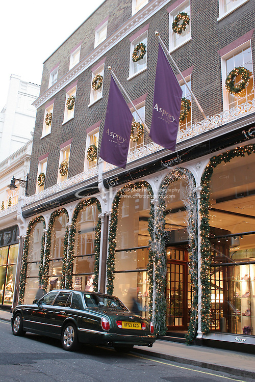 asprey jewellery shop at christmas in london