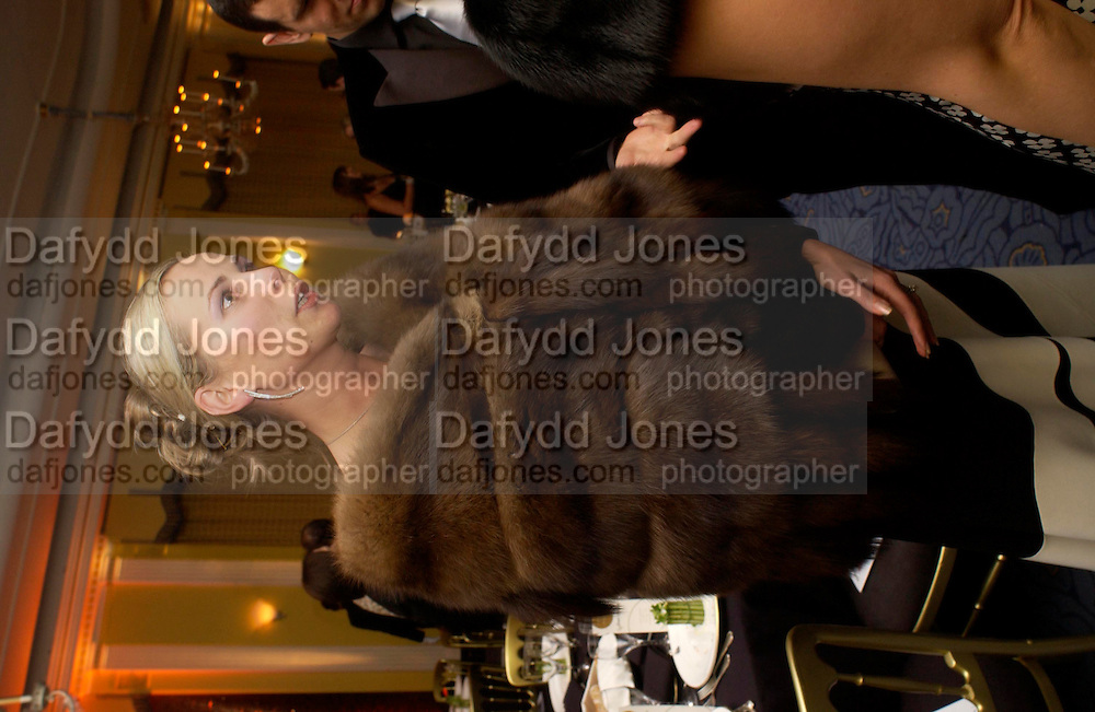 Yelena Duncan. Grand Hotel-A Donmar Warehouse Gala evening in association with De Beers. Claridges. 2 December 2004. ONE TIME USE ONLY - DO NOT ARCHIVE  © Copyright Photograph by Dafydd Jones 66 Stockwell Park Rd. London SW9 0DA Tel 020 7733 0108 www.dafjones.com