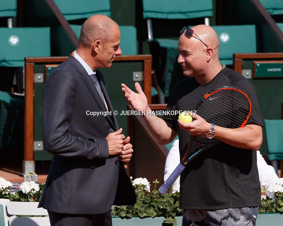 NOVAK DJOKOVIC (SRB), Training mit Coach Andre Agassi,Turnierdirektor Guy Forget,<br /> <br /> Tennis - French Open 2017 - Grand Slam ATP / WTA -  Roland Garros - Paris -  - France  - 29 May 2017.