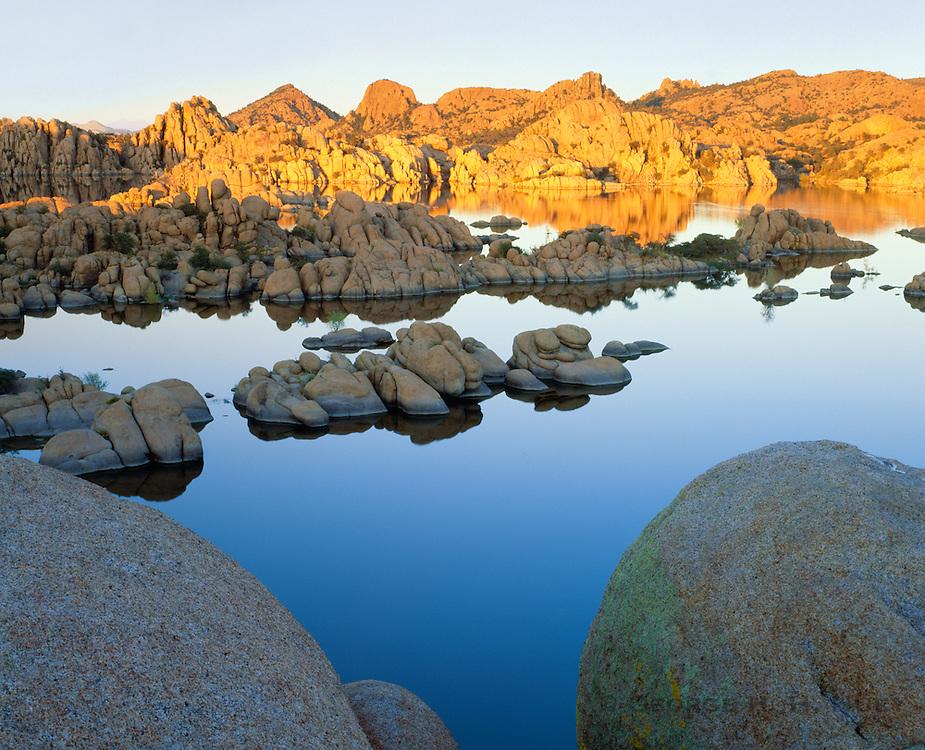 0181-1043 ~ Copyright:  George H. H. Huey ~ Watson Lake and the Granite Dells, Prescott, Arizona.