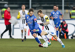 03.03.2018, TGW Arena, Pasching, AUT, 1. FBL, LASK Linz vs SK Puntigamer Sturm Graz, 25. Runde, im Bild v.l. Thorsten Röcher (SK Puntigamer Sturm Graz), Rajko Rep (LASK Linz) // during the Austrian Football Bundesliga 25th Round match between LASK Linz und SK Puntigamer Sturm Graz at the TGW Arena in Pasching, Austria on 2018/03/03. EXPA Pictures © 2018, PhotoCredit: EXPA/ Roland Hackl